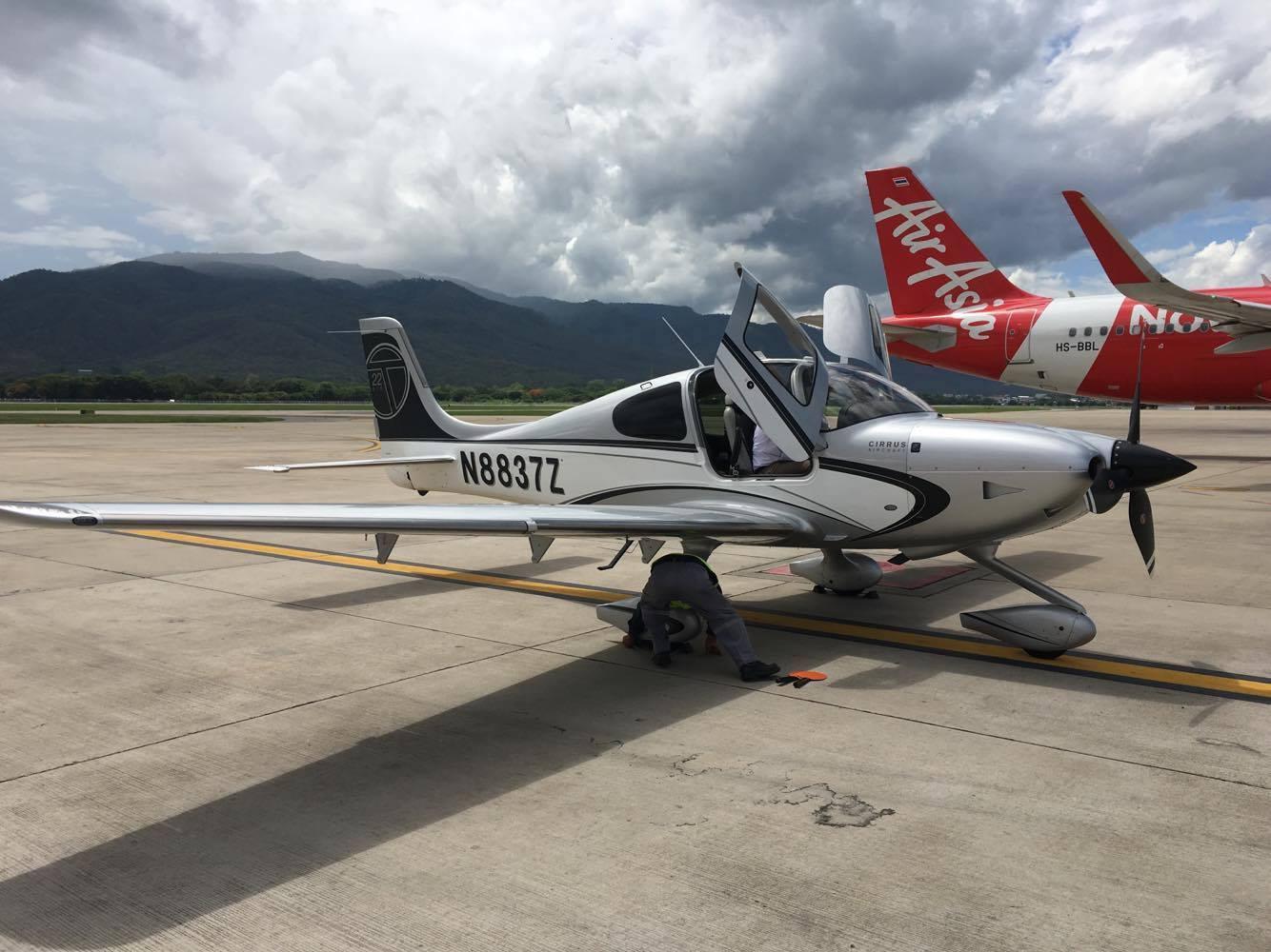 B2 – N8837Z arrives Thailand