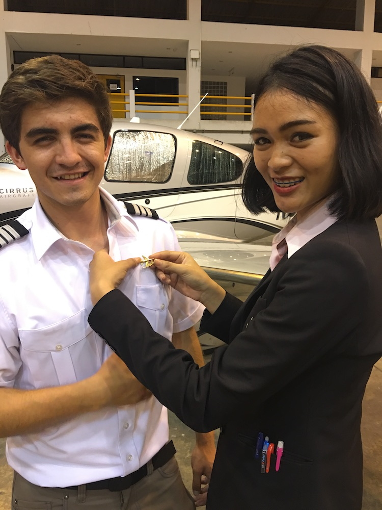 Ceremony time – First Officer gets Pinned