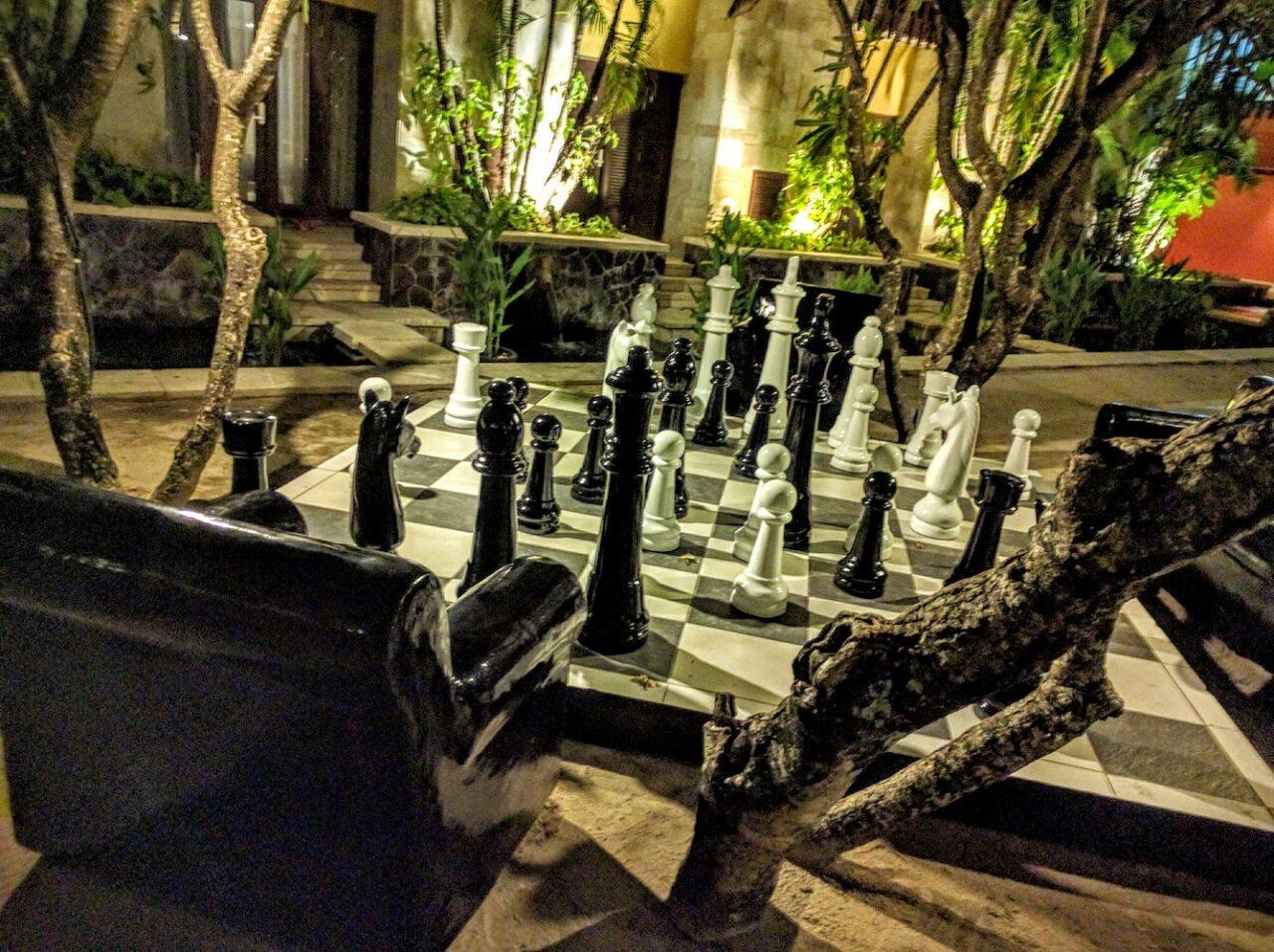 hard rock chess – unique